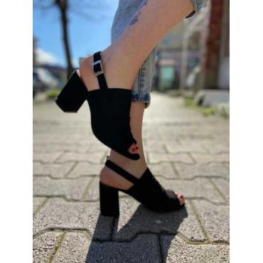 Saboa Spuntato Con Cinturino  Alla  Caviglia