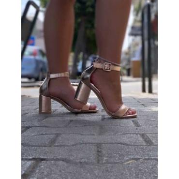 Sandalo Con Tacco Quadrato Cinturino Alla Caviglia Con Fibbia E