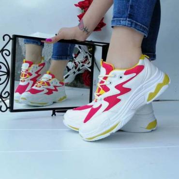Sneakers Fucsia E Bianca Modello Balenciaga  New Primavera/Estate 2019