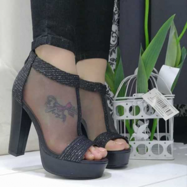 Sandalo Donna Con Tacco  Largo  E Plateao  Nero