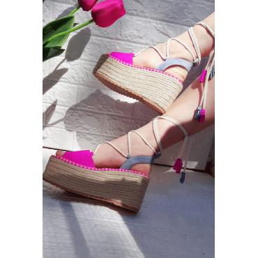 Sandalo Con Zeppa E Corda Con Bon Bon