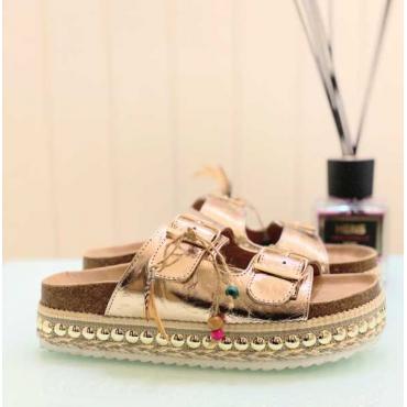 Stupendo Sandalo Con Zeppa E Borchie Fondo Alto   Gold Rosa