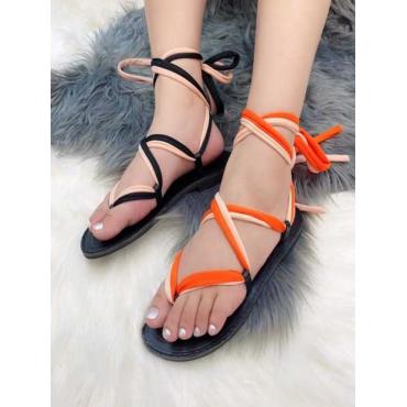 Sandalo In Cuoio Con Lacci A Schiava Nero